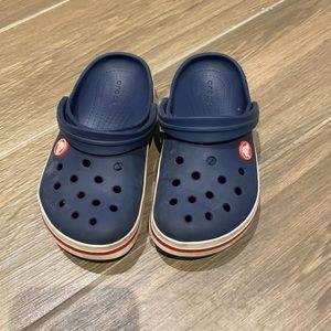 Crocs boy's navy blue size 13